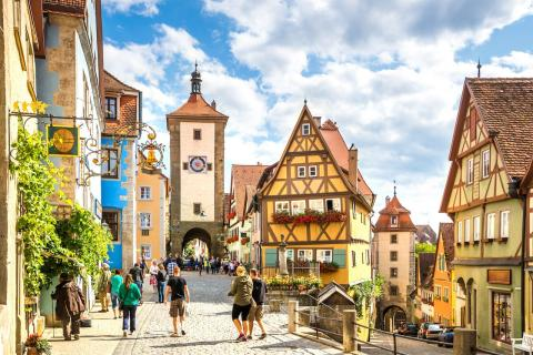 5 routes to uncover German history